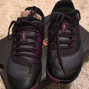 Woman's Running Shoe